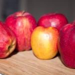 Pure de manzana hecho en casa. Paleo
